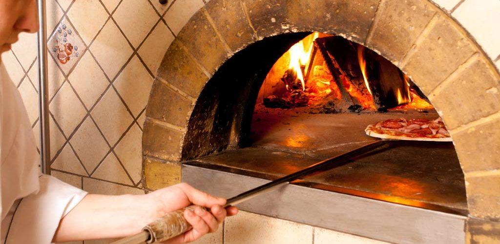 Fast Casual Pizza Pizza Concepts