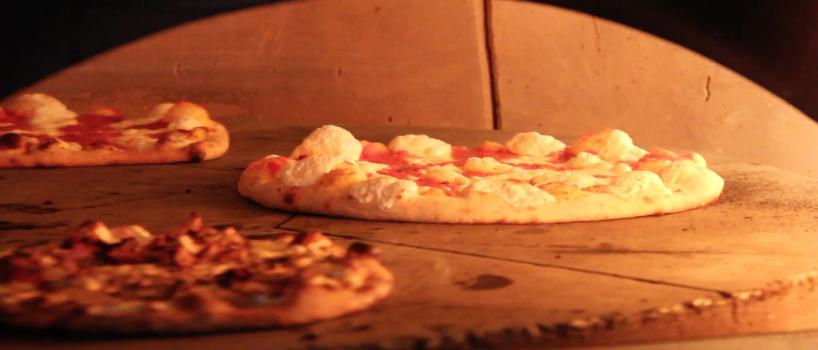 Fast casual brick oven pizza
