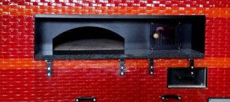 Rotating brick ovens